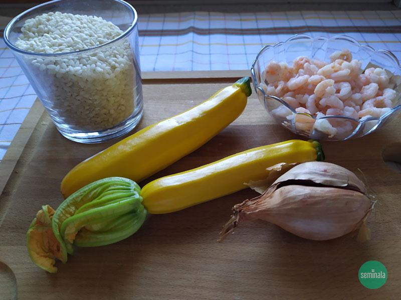 Riso, zucchine gialle, gamberetti, cipolla - Ricette Seminala